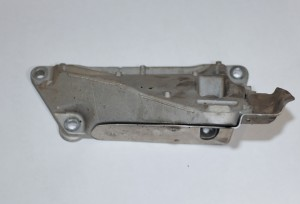 N52 right side engine mount bracket